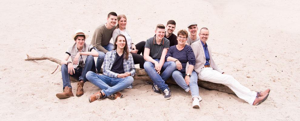 familyshoot, familiefotografie Hardenberg, groepsfotografie Hardenberg, Rheezer Belten