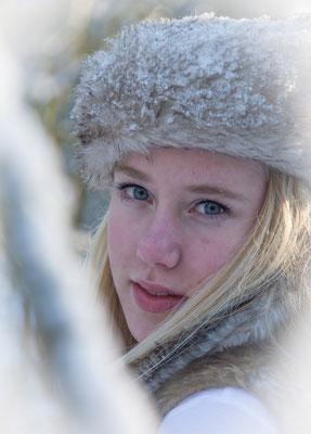 Fotoshoot 1 persoon, winter fotografie, Hardenberg, fotograaf Hardenberg, fotograaf Overijssel