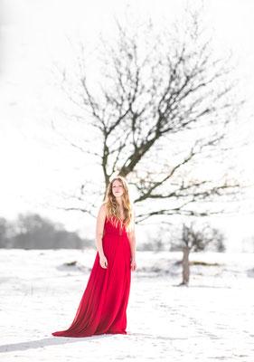 modelfotografie, fantasie, sneeuw, fotograaf hardenberg, fotograaf overijssel, potret,
