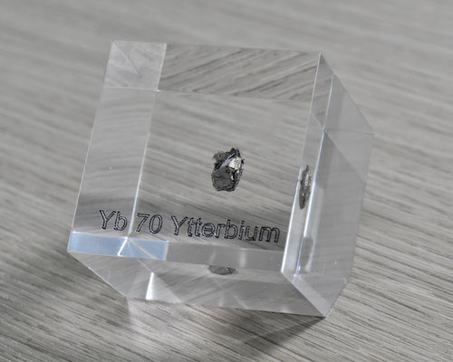 ytterbium acrylic cube, metal acrylic cube, ytterbium metal, ytterbium pieces, ytterbium element cube, ytterbium acrylic, acrylic cubes of elements for collection and display