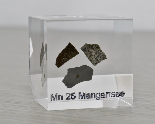 manganese acrylic cube, metal acrylic cube, manganese metal, manganese, manganese element cube, manganese acrylic, acrylic cubes of elements for collection and display