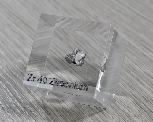 zirconium acrylic cube, metal acrylic cube, zirconium metal, zirconium ingot, zirconium element cube, zirconium acrylic, acrylic cubes of elements for collection and display