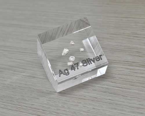 silver acrylic cube, metal acrylic cube, silver metal, silver grains, silver element cube, silver spheres acrylic, acrylic cubes of elements for collection and display