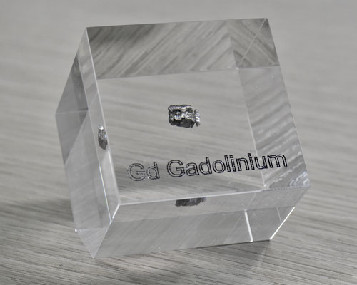gadolinium acrylic cube, metal acrylic cube, gadolinium metal, gadolinium piece, gadolinium element cube, gadolinium acrylic, acrylic cubes of elements for collection and display
