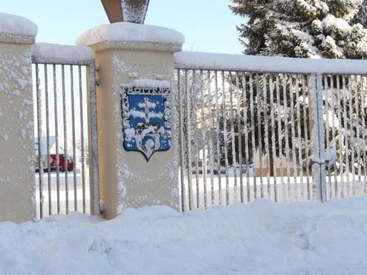 15 février 2015 : l' entrée Foch avant la fixation des plaques commémoratives des 50 ans de présence du 110° R.I. à Donaueschingen.