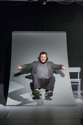 Benjamin Muth (Dr. Blorna); © Dirk Rückschloß/BUR