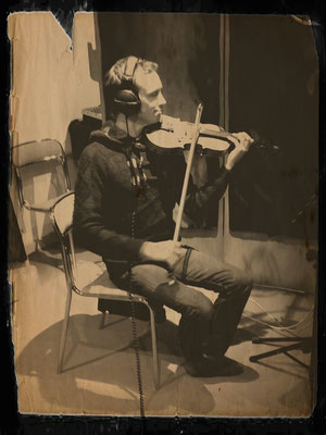 Jonathan Dour: Violon