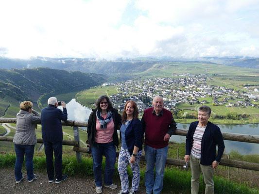 Kolping Jahresfahrt an die Mosel 15.04.2018 Blick auf die Mosel bei Bernkastel-Kues