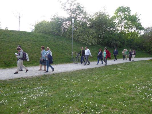 2019 04 24 Kolping Emmausgang Wir machen uns auf zum Osterfeldpark