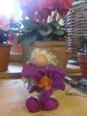 violette Blütenkind 45 Fr.