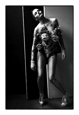 Elisa Provaso by Toni Thorimbert, stylist Paolo Lattuada