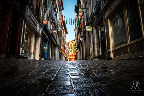 © 2014-Mathieu Prat-Tous droits réservés  ▶ VENTE tirage Grand Format et Droits de diffusion : Contactez moi - Photographe & Graphiste à Bayonne au Pays Basque. (64100)