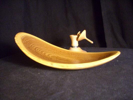 Flügelschale aus Robinie (L=ca 18cm) mit Turmkreisel