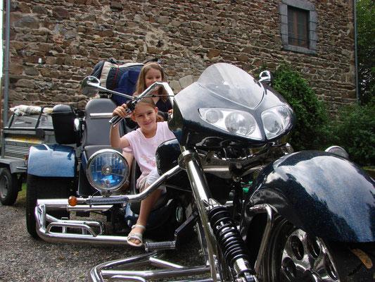 randonnée moto en Auvergne Haute-loire Moulin du Bateau.