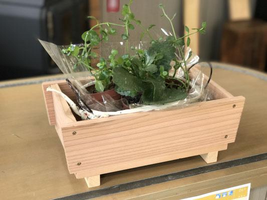 木製プランター作り