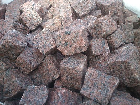 Schedisches Granitpflaster VANGA, gespalten