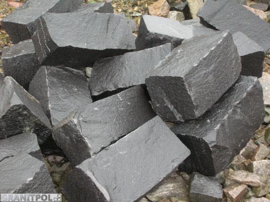 Granitsteine Schwarzer Schwede