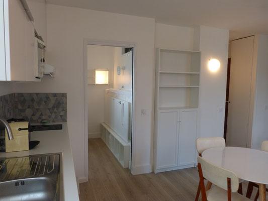 Création d'une petite chambre dans l ancienne cuisine