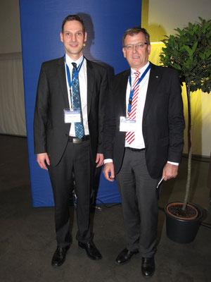 Dr. Hopp mit Prof. Pohlemann, ehem. Chef und Mentor, Unfallchirurgie, UkS Homburg
