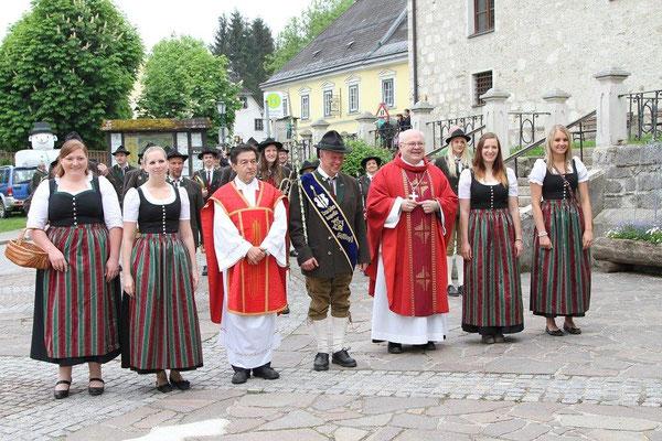 Pfarrfirmung 2015 mit Abt Petrus Pilsinger und der Trachtenkapelle
