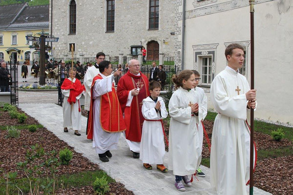 Pfarrfirmung 2015 mit Abt Petrus Pilsinger