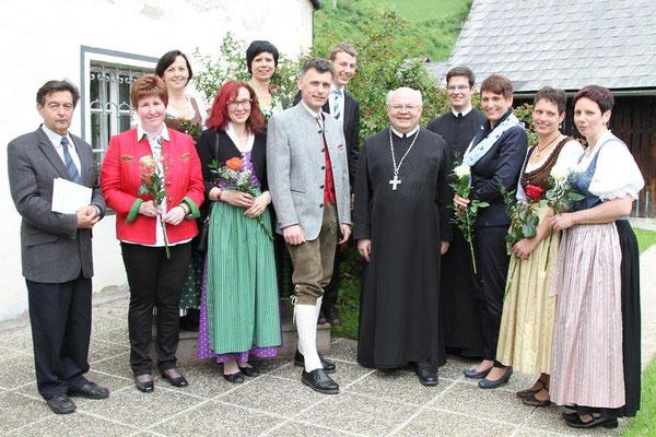 Pfarrfirmung 2015 mit Abt Petrus Pilsinger und dem Firmhelfern