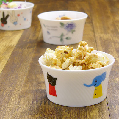 Shinzi katoh シンジカトウ かわいいねこ・ぞう・あひる・くま 動物柄のイラスト 陶器のカップ ココット デザートカップ NA-202 仲良し