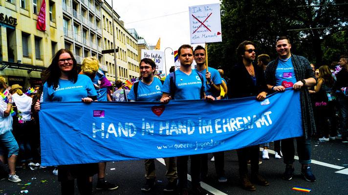"""Unser Transparent und gleichzeitig unser Motto. """"Hand in Hand im Ehrenamt""""."""