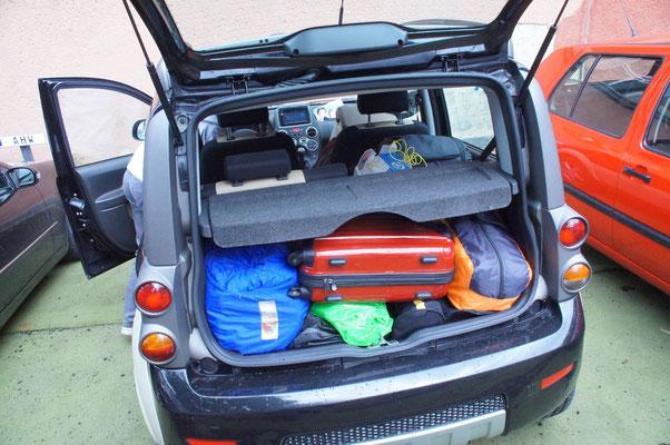 Das Gepäck für die Fahrt muss gut durchdacht sein, man darf ja nichts vergessen ;)