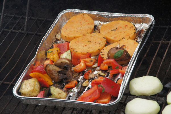 Grillkäse, Halloumi oder Paprika und Champignons alles was das Vegetarierherz höher schlägen lässt.