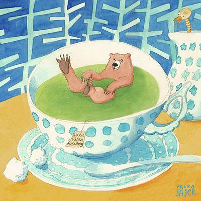 Braunbär macht Wellness: heißes Bad in Teetasse