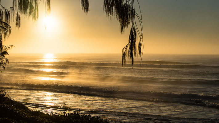 Sonnenaufgang an der Praia Moçambique