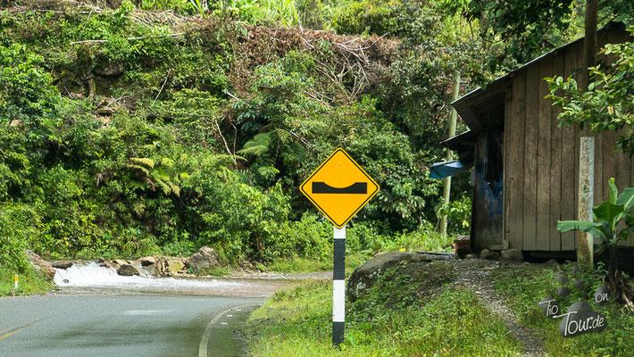 Baden - warnt vor Straßenüberflutung