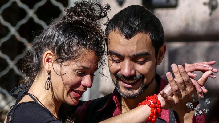 Montevideo - Stadtansichten - spontaner Tango