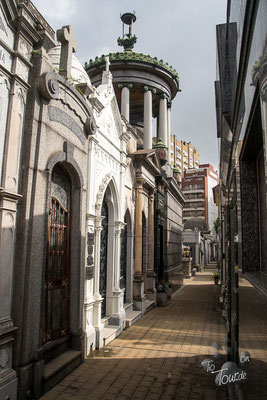 Der riesige Cementerio in Recoleta