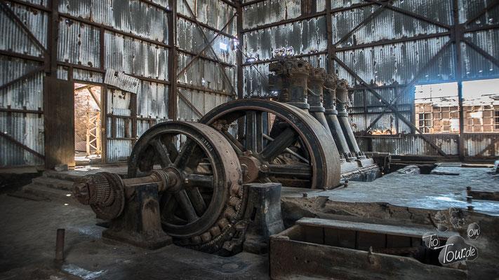 Humberstone - ehemalig größtes Salpeterwerk der Welt - jetzt eine Geisterstadt