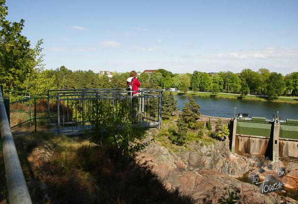 Aussichtsplattform über dem alten Flussbett