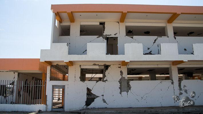 Bahia de Caráquez - Überreste vom Erdbeben 04.2016