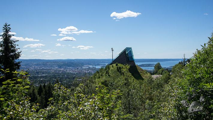 Blick auf Oslo vom Holmenkollen