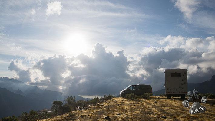 Auf dem Weg nach Cusco - Stellplatz mit Aussicht auf 4055m