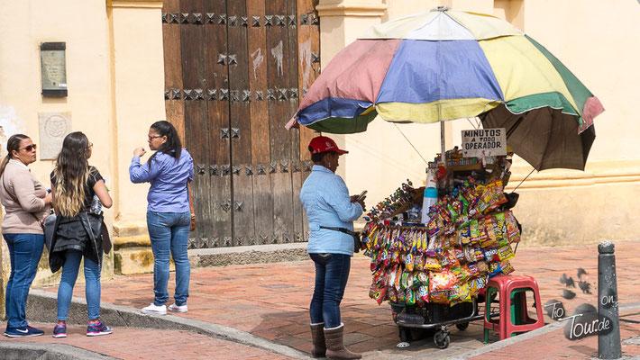 Bogotá - Verkaufsstände überall