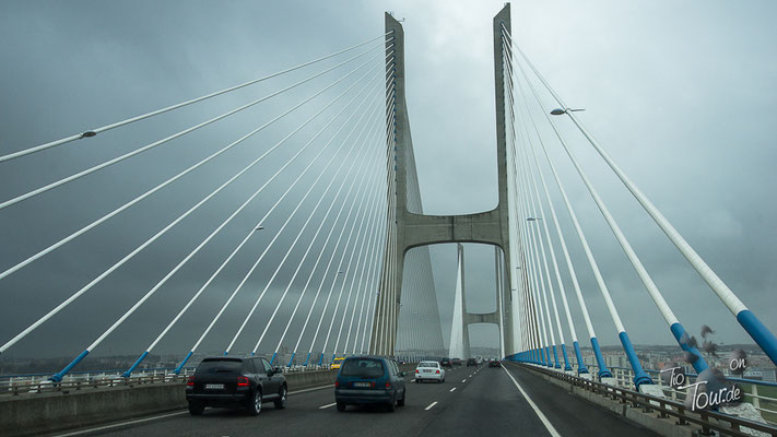 Lissabon - Vasco da Gama Brücke