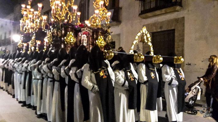 Úbeda - Semana Santa, Heiligenschrein getragen von 70 Männern !!!