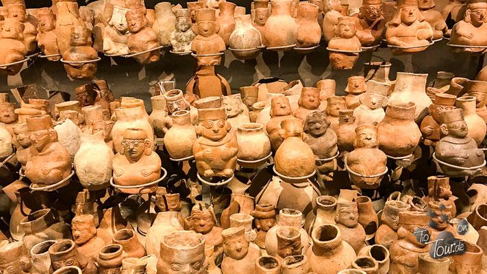 Museo Nacional Tumbal Reales - Grabbeigaben
