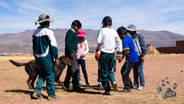 Fussballspiel in Tiahuanacu