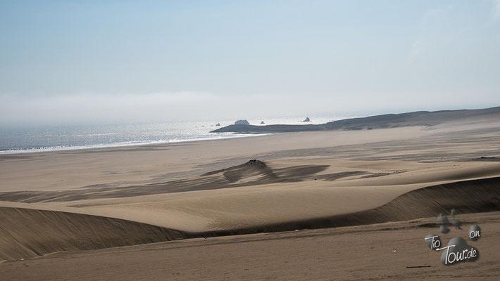 Wüste endet unmittelbar im Meer