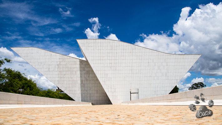 Panteáo da Patria e da Libertade Tancredo Neves