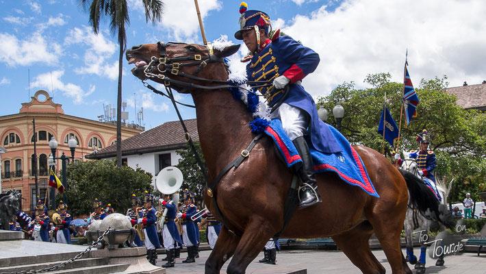 Quito - Wachwechsel am Palacio