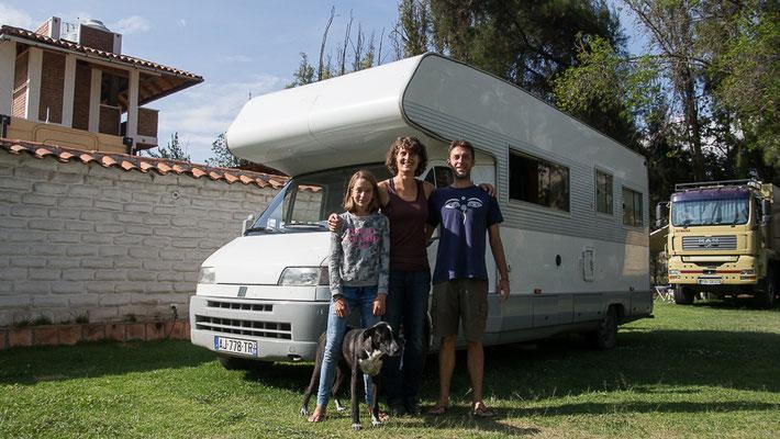 Vincent, Nathalie und Léa mit Chica