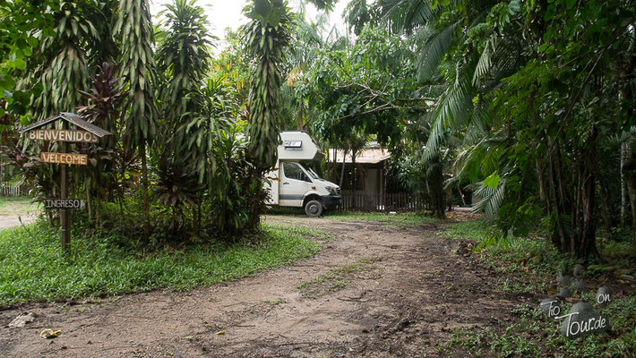 Puerto Maldonado - Hostel Villa Hermosa - Stellplatz im Dschungel